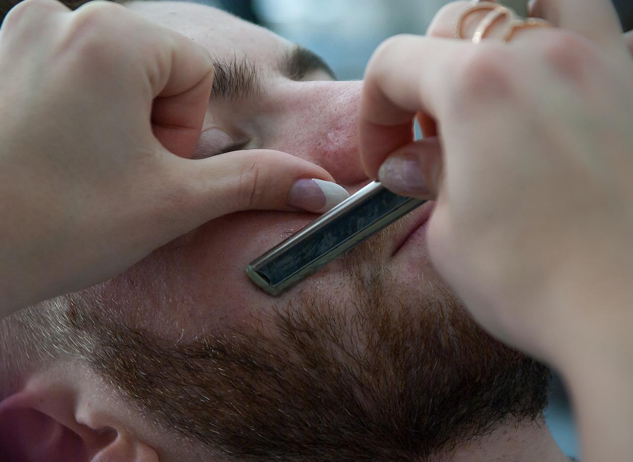 Jakich narzędzi do golenie użyć?