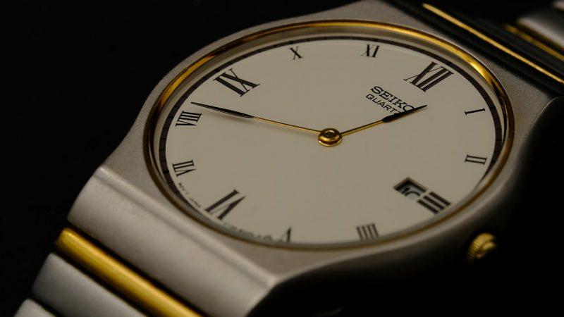 Duży wybór różnych modeli zegarków