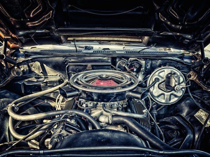 Wysokiej jakości  zamienniki i oryginalne części do ciężarówek