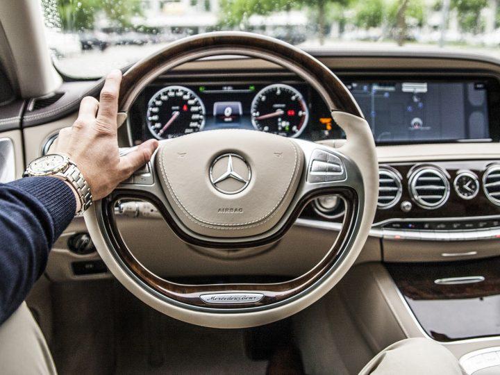 Wypożyczanie samochodów dla osób prywatnych i firm